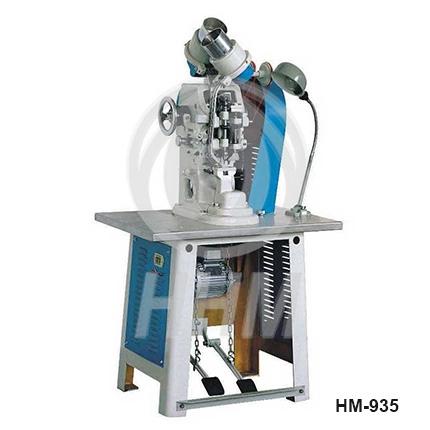 Grommeting Machine